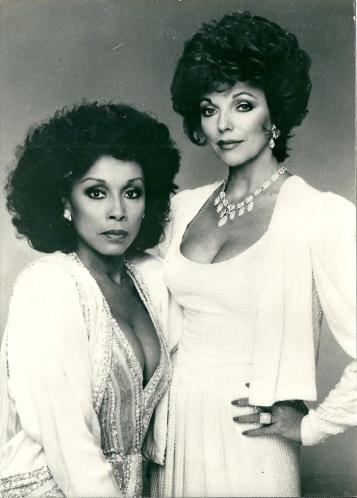Diahann Carroll entrou em Dinastia na quarta temporada como Dominique Deveraux (1985)