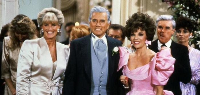 Linda Evans (Krystle), John Forsythe (Blake) e Joan Collins (Alexis) em Dinastia