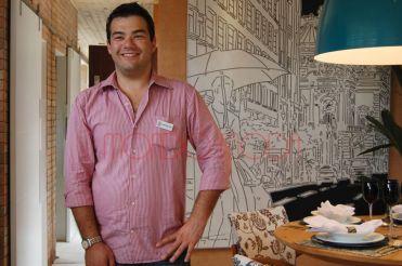 Fernando Consoni no Ambiente da Campinas Decor 2010