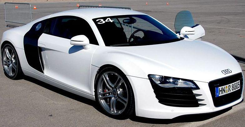 Os 10 Carros Esportivos Mais Luxuosos Do Mundo Mondo Moda