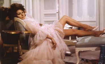 MONDO MODA Sophia Loren (Arabesque)