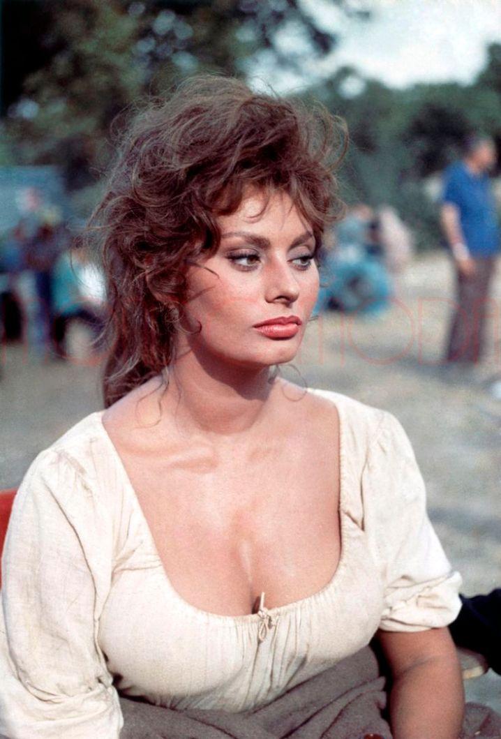 Sophia Loren - man of la mancha 1972