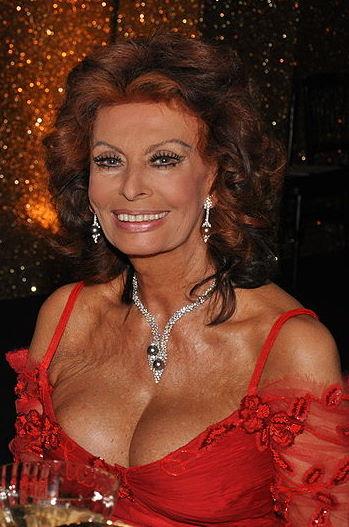 MONDO MODA Sophia Loren11
