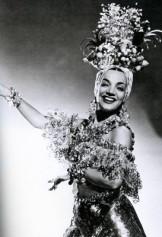 Turbante para Carmen Miranda 1941 Lilly Daché