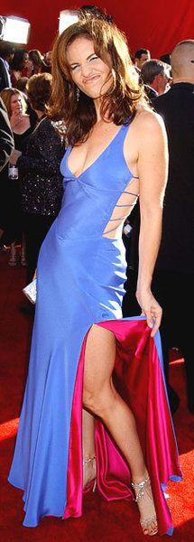 Amy Brenneman Emmy 2002