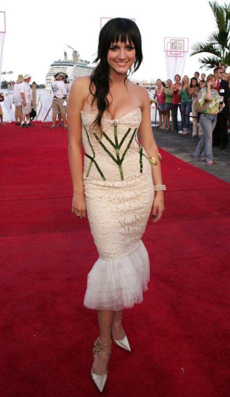 Ashlee Simpson VMAs 2004