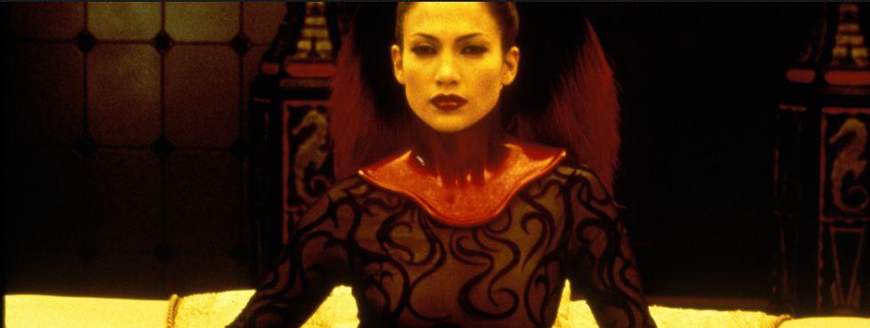 2000 A Cela (Figurinos de Eiko Ishioka)6