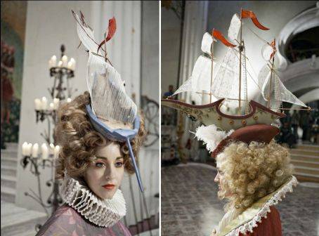 2012 Espelho Espelho Meu (Eiko Ishioka) (8)