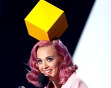 katy-perry-mtv-video-music-awards-2011