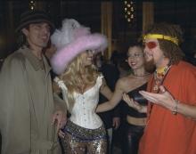tommy-lee-pamela-anderson-mtv-video-music-awards-1999