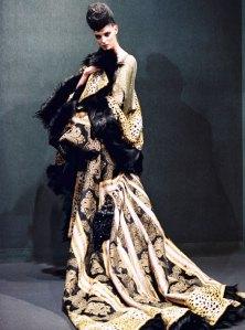 Galliano - Primeira coleção como diretor da Givenchy @ Foto Divulgação