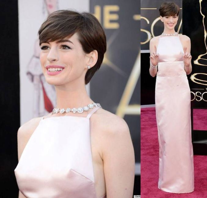 Oscar 2013 Anne Hathaway veste Prada