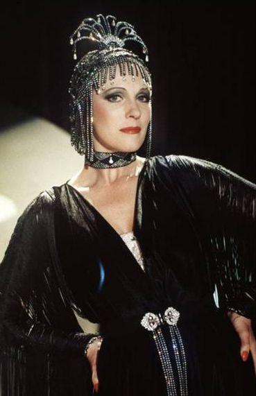 1934 Victor Victoria (1982) (5)