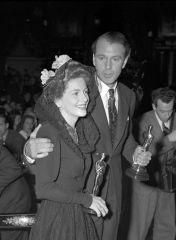 Oscar 1942 Joan Fontaine (Suspeita) @ AP