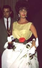 Oscar 1961 Elizabeth Taylor (Disque Butterfield 8) veste Christian Dior @ Darlene Hammond, Hulton Archive, Getty Images