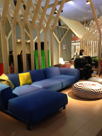 Salone Milano 2015 - Moroso @ Ana Paula Barros (4)