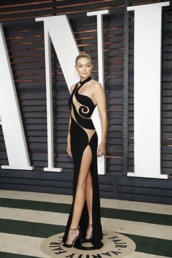 Gigi Hadid - Vanity Fair Oscar Party 2015 - Atelier Versace @ Helga Esteb - Shutterstock.
