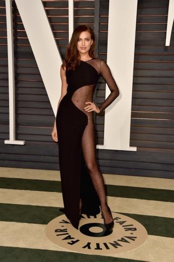 Irina Shayk - Vanity Fair Party Oscar 2015 - Atelier Versace @ Shutterstock.com
