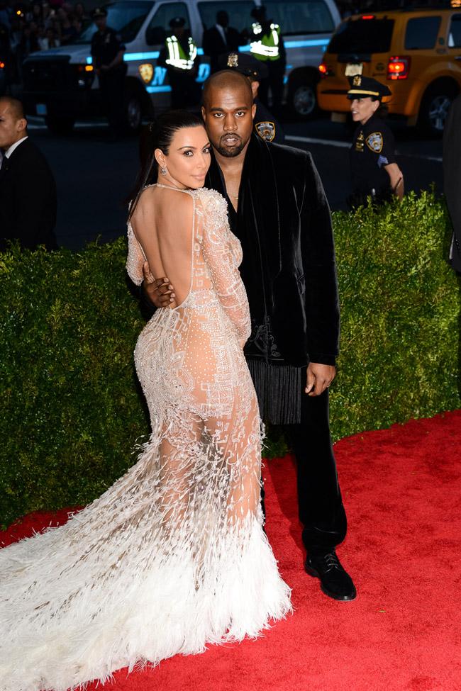 Kim Kardashian - MET Gala 2015 - Roberto Cavalli @ Electrolysis - Shutterstock.com