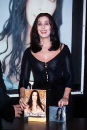 1999 Cher - Lançamento do álbum Cher - Believe @ Getty