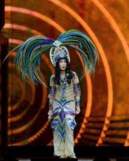 2000 Cher @ Getty (1)