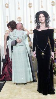 2000 Cher - Oscar @ Getty