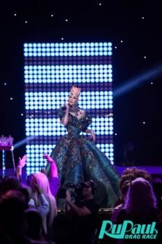 Violet Chachki veste House of Canney no Gran Finale do Rupaul Drag Race Season 8 @ divulgação (6)
