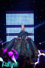 Violet Chachki veste House of Canney no Gran Finale do Rupaul Drag Race Season 8 @ divulgação (7)