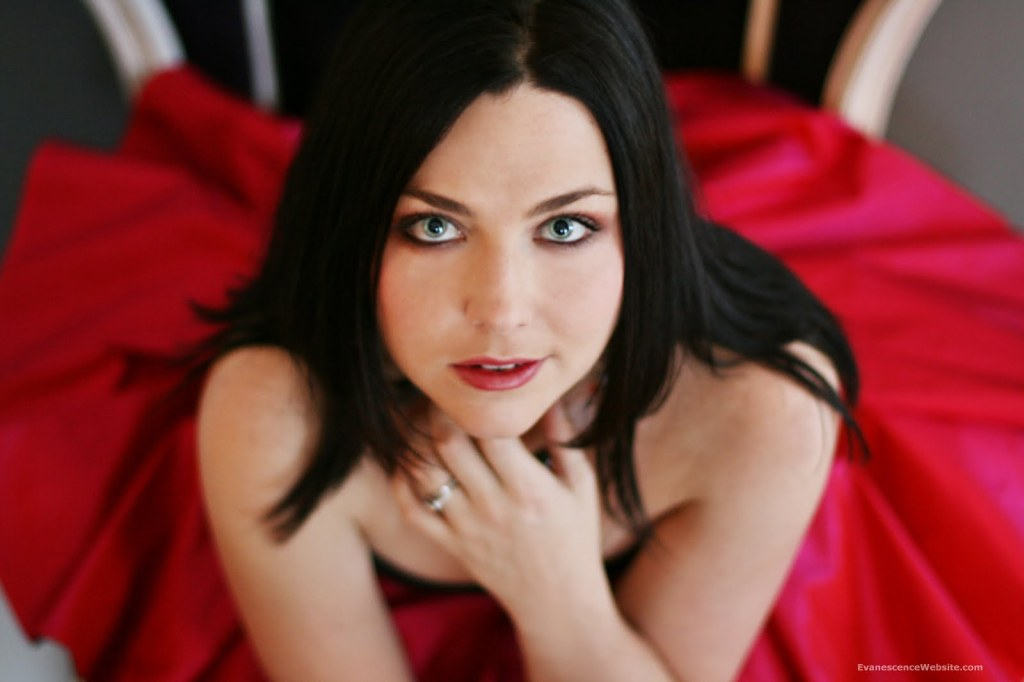 Amy Lee @ Evanescence website