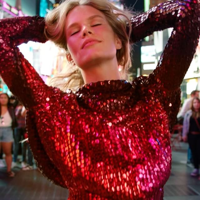 anna-ewers-in-tom-ford-for-vogues-remake-of-george-michaels-freedom-music-video