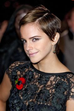 emmy-watson-2010-pixie-cut-getty-images