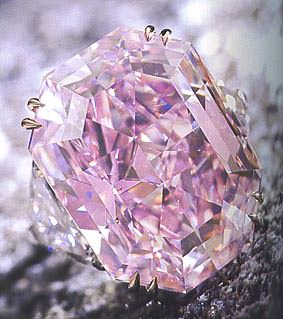 anel-diamante-rosa-vivido