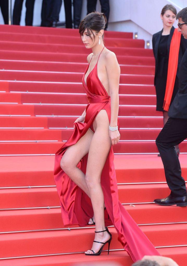 Bella Hadid veste Alexandre Vauthier e joias De Grisogonio no Festival de Cannes 2016