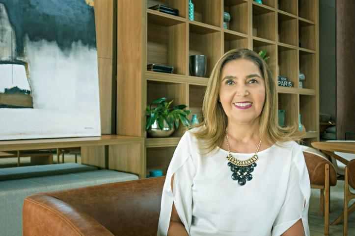 Maria Carmelo Lopes Pereira - MONDO MODA @ Tácito Carvalho e Silva