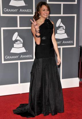 Grammy 2009 Miley Cyrus veste Max Azria Atelier @ Getty