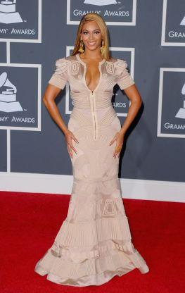 Grammy 2010 Beyoncé veste Stephane Rolland @ Getty