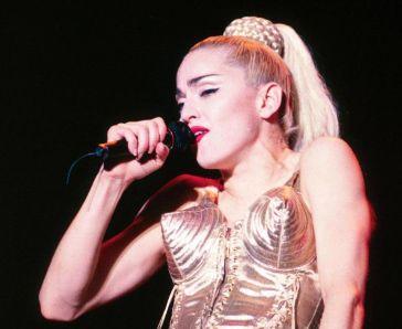 Madonna usa Jean Paul Gaultier @ Getty