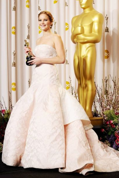 Oscar 2013 Jennifer Lawrence veste Dior Couture @ Getty