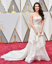 Oscar 2017 Aulii Cravalho veste Rubin Singer @ Frazer Harrison/Getty Images)