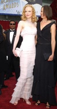 2002 Nicole Kidman Oscar @ Getty Images