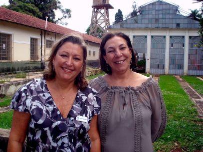 2009 Stella Pastana Toso e Sueli Cardoso na Campinas Decor 2010 IAC Casa do Diretor - Anúncio (Out) @ MONDO MODA