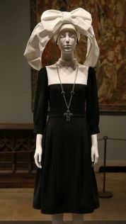 MET 2018 Heavenly Bodies- Fashion and the Catholic Imagination @ Getty (2)