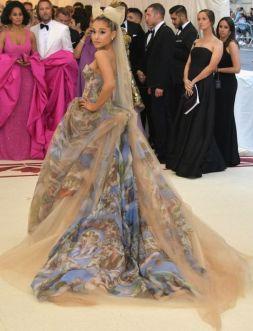 MET Gala 2018 Ariana Grande veste Vera Wang @ Getty