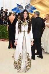 MET Gala 2018 Lana Del Rey veste Gucci @ Getty
