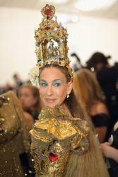 MET Gala 2018 Sarah Jessica Parker veste Dolce & Gabbana @ Getty1