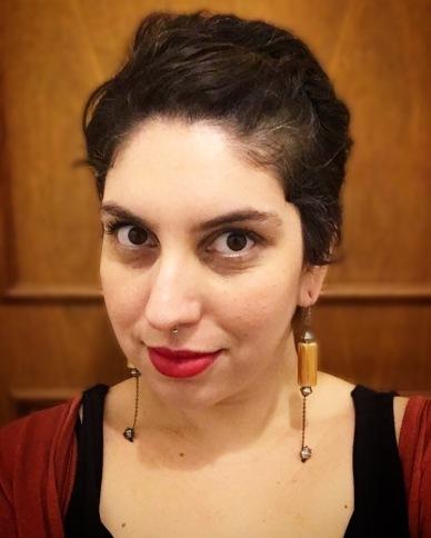 Júlia Magalhães usa colar Foi o Jorge Que Fez @ Cris Soutelo