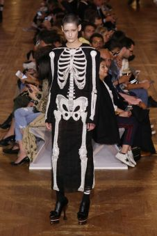Halloween - Thom Browne Spring 2018 @ Getty Images