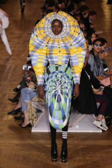 Halloween - Thom Browne Spring 2018 @ Getty Images2