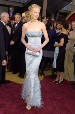 Nicole Kidman veste Chanel Couture no Oscar 2004