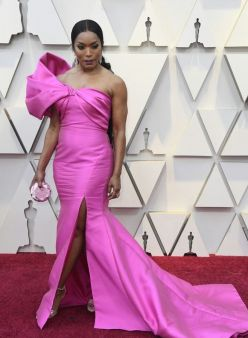 Oscar 2019 Angela Basset veste Reem Acra @Getty